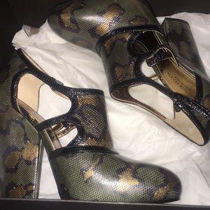 Bottega Veneta snakeskin embossed leather heels